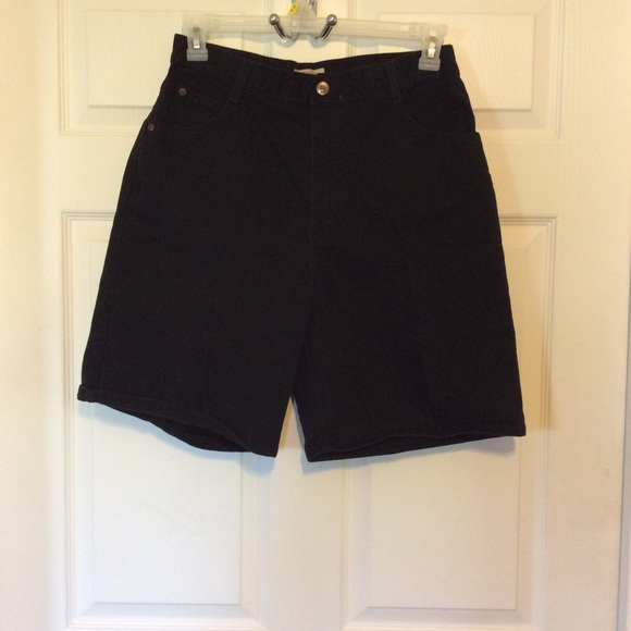 St. John's Bay Pants - 💯% COTTON    St. John's Bay Shorts W:30 In:8 R:13